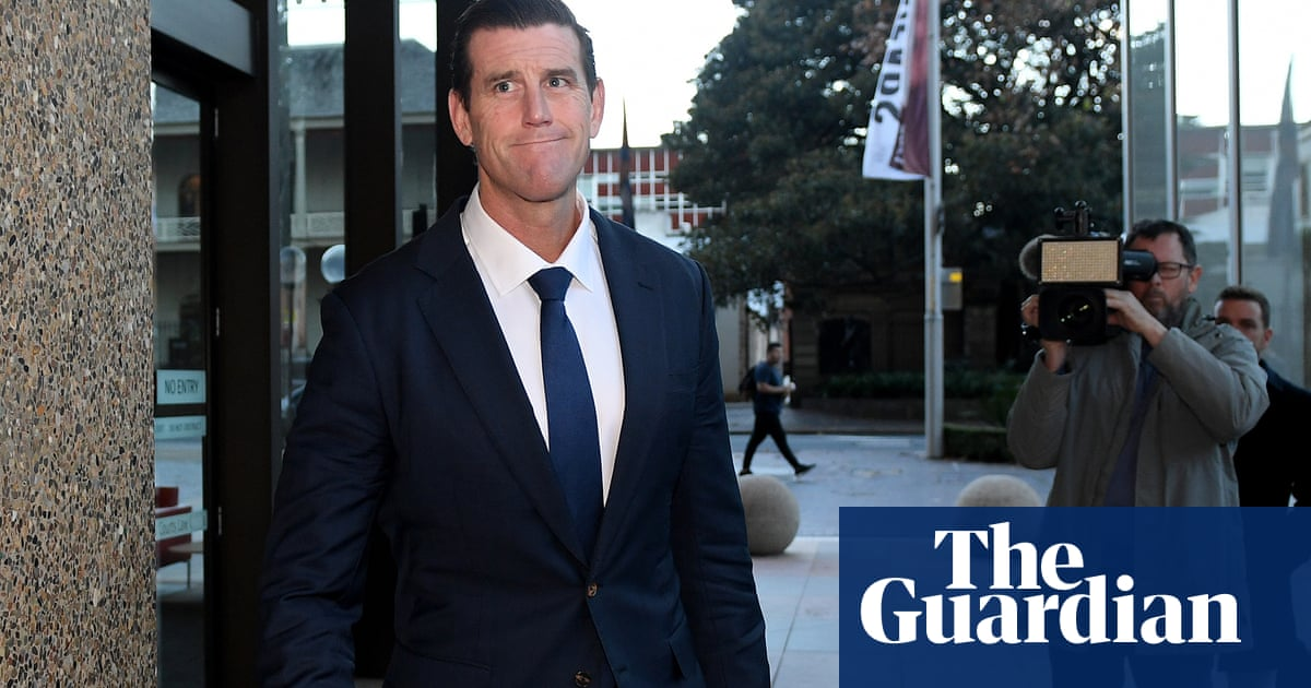 Assistant defence minister set to give evidence for newspapers in Ben Roberts-Smith case