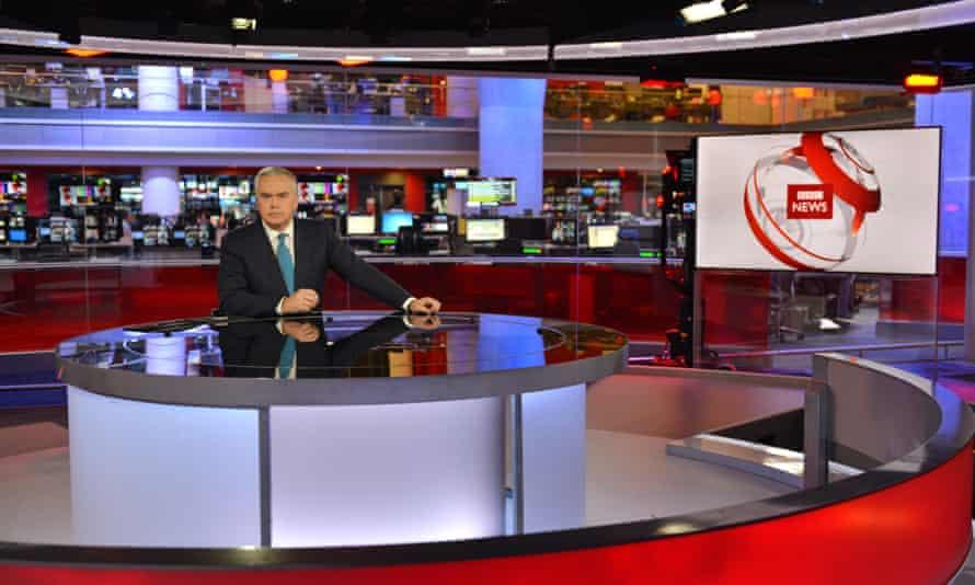 Huw Edwards presents the BBC news: the 10pm bulletin will be extended from the new year