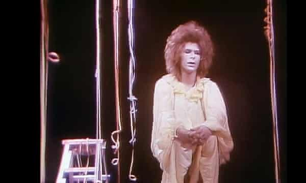 David Bowie in 1970 TV mime show