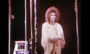 David Bowie in Lindsay Kemp's production of Pierrot in Turquoise.