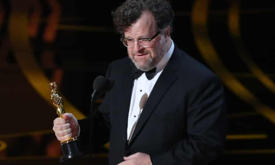 Kenneth Lonergan wins best original screenplay for Manchester by the Sea.