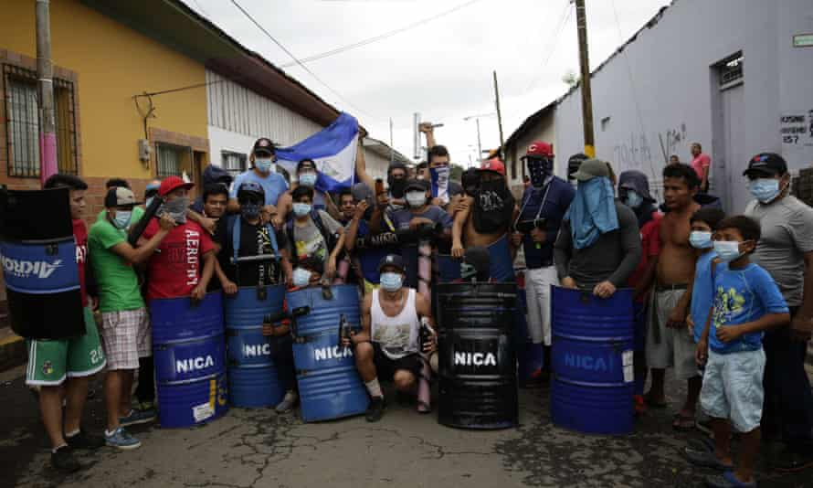 Nicaraguans in Masaya prepare for possible clashes with police in protests against President Daniel Ortega.