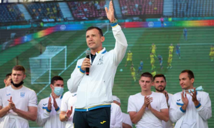Andriy Shevchenko gets a hero's welcome after returning to Ukraine from Euro 2020.