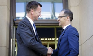 Jeremy Hunt, left, meets the German foreign minister, Heiko Maas, during his visit to Berlin on Monday.
