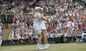 Jamie Murray and Martina Hingis celebrate their win.