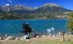Lac de Serre-Ponçon.