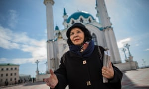 Rozalina Shageeva reading her poems in front of the Qol Sharif mosque.