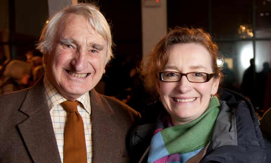 Farmer Peter Edwards, who founded Delabole windfarm, and Juliet Davenport, CEO of Good Energy, who bought the farm in 2002.