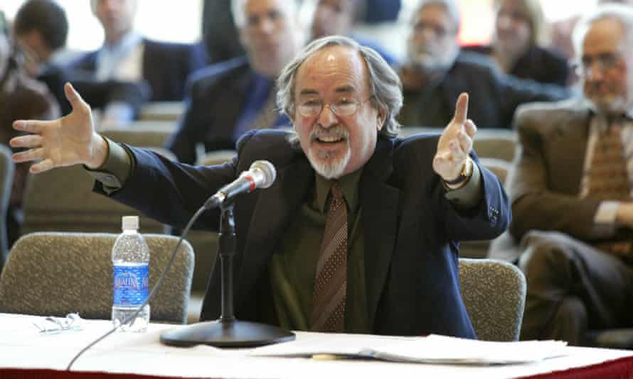 David Horowitz, founder of Students for Academic Freedom, addresses a public hearing in 2006.