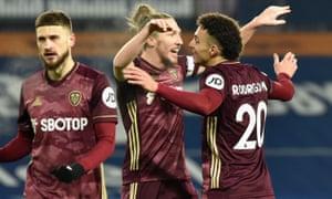 Luke Ayling of Leeds United and Rodrigo Moreno of Leeds United celebrate a goal.