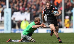 Exeter's Sam Hill gets away from Chris Robshaw at Sandy Park