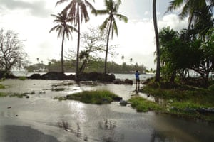 Flooding in the Marshall Islands highlights the Pacific island nation's vulnerability to climate change.
