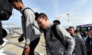 Liverpool board the plane to Naples