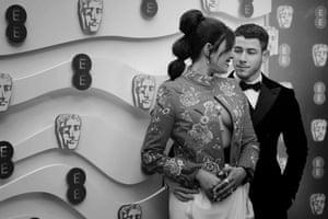 Nick Jonas and Proyanka Chopra bring some glamour to the proceedings