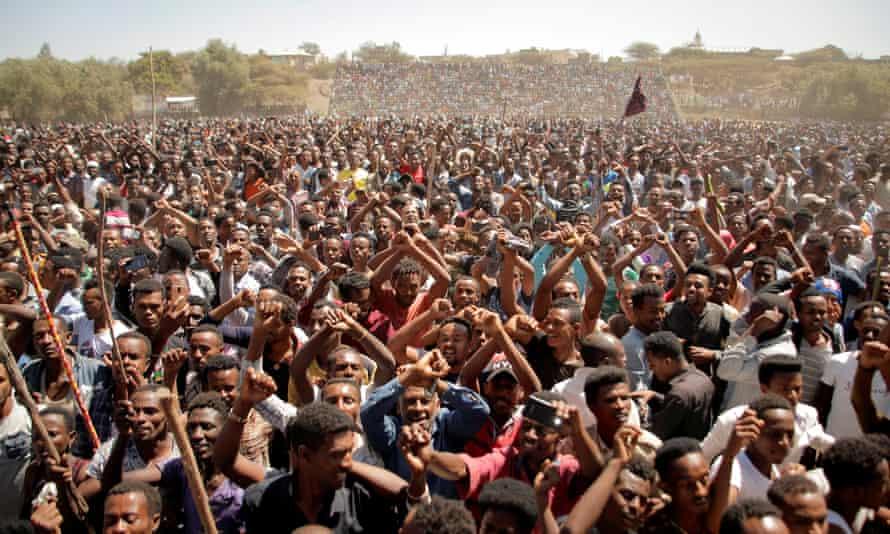 Supporters of Bekele Gerba