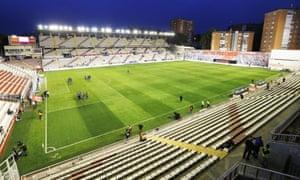 Campo de Fútbol de Vallecas, ideal for solo passing practice.