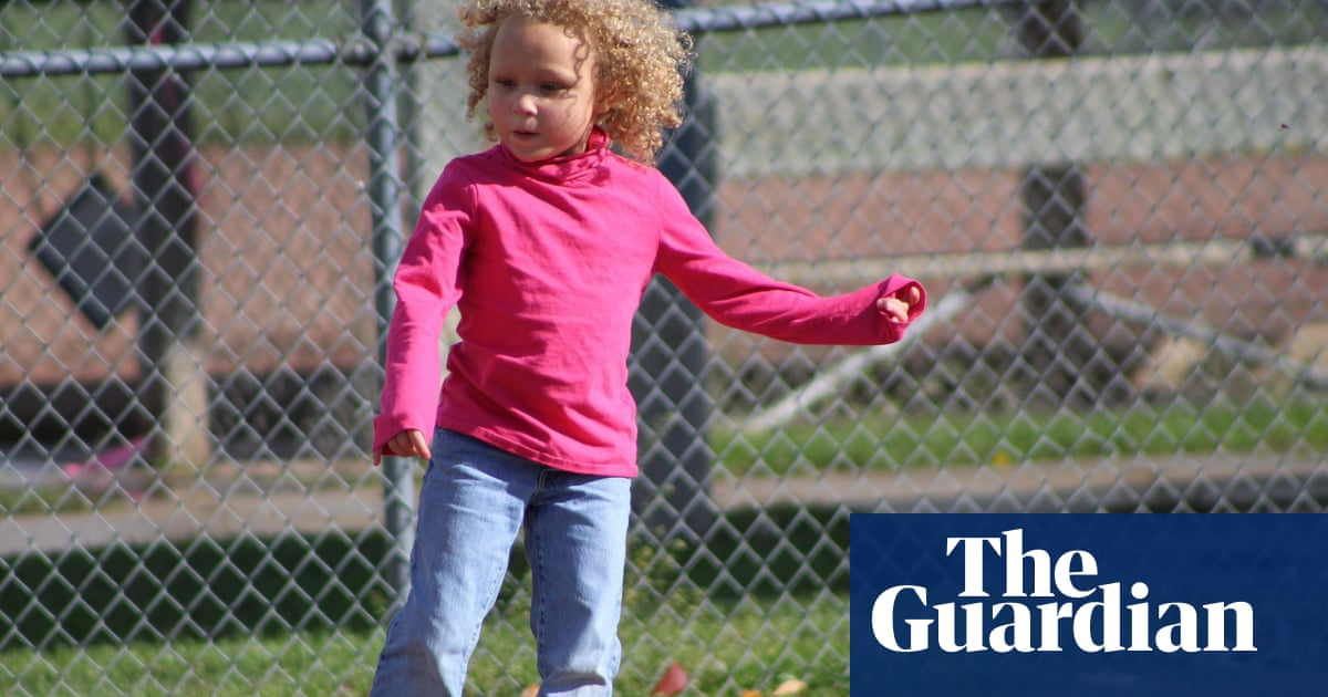 Father sues Michigan school after teacher cuts daughter's hair without permission