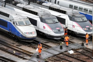 SNCF railway workers will start a national railway strike on Tuesday evening.