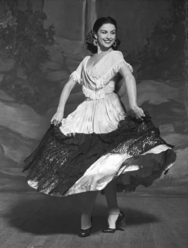Violetta Elvin as the Miller's Wife in Le Tricorne in the 1950s.