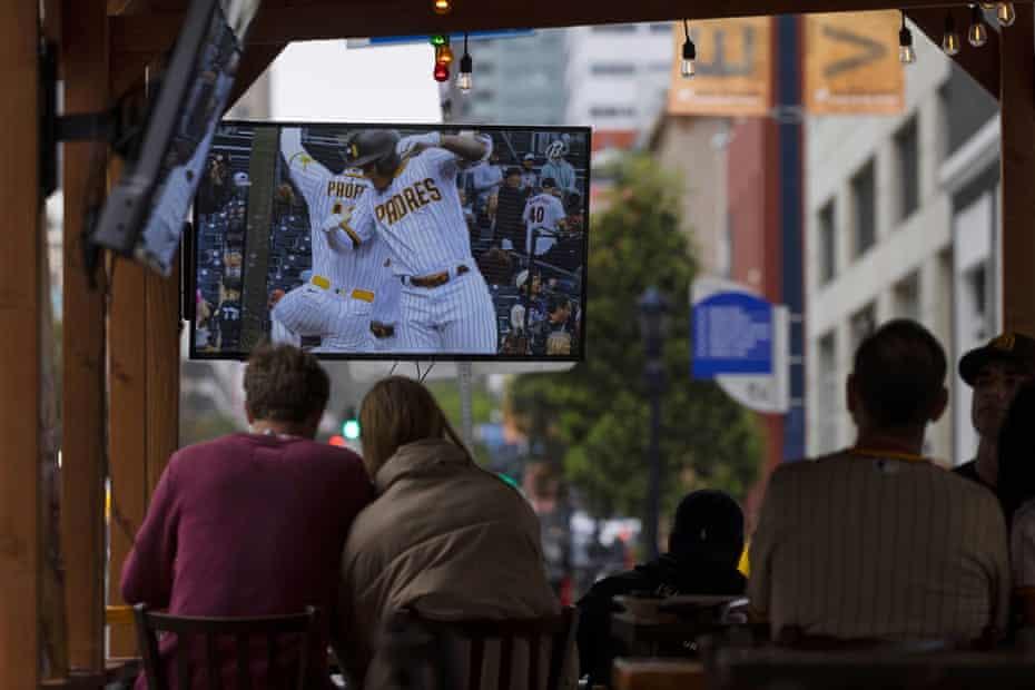 Baseball fans return to bars and restaurants in San Francisco.