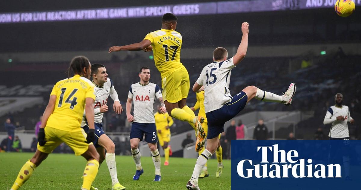 Ivan Cavaleiros header earns Fulham deserved point at Tottenham