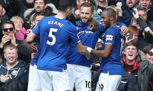 Gylfi Sigurdsson (centre) celebrates scoring Everton's second goal against West Ham.