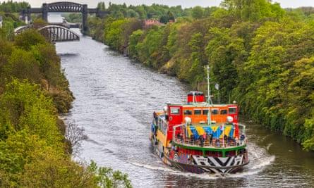 Cruising along the Manchester Ship Canal.