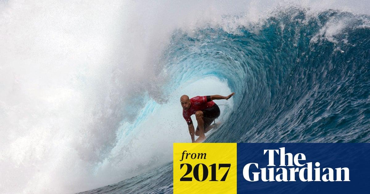 kelly surfer