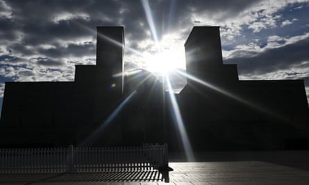 The Australian War Memorial in Canberra. Volunteers at the memorial have been told not to speak publicly or comment on social media posts about its controversial redevelopment.