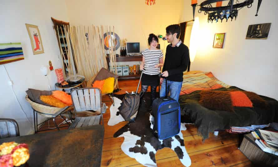 A couple arrive at a characterful Airbnb apartment in Berlin