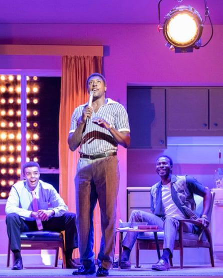 Matt Henry as Sam Cooke, centre.