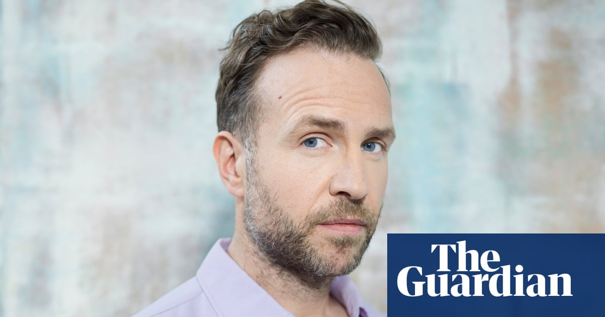 Actor Rafe Spall talks about his weight struggles