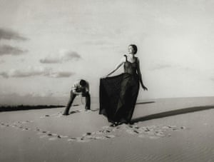 A fashion shoot in the Cronulla sand dunes in 1937.