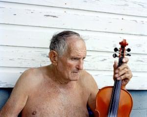 Charlie McCarroll at home. Harriman, TN. 2014