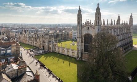 Cambridge University (King's College Chapel).