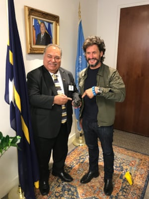 CEO of DeepGreen (and soon-to-be CEO of The Metals Company) Gerard Barron, right, presenting Nauru's former president, Baron Waqa, with a polymetallic nodule.