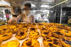 Pasteis de Nata, pudding tartlets, Portuguese pastries,