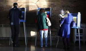 Wisconsin voters cast ballots