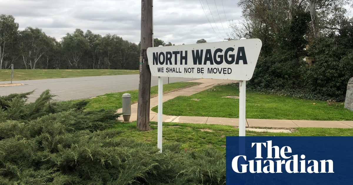Brave or naive? Conservative Wagga surprises with climate