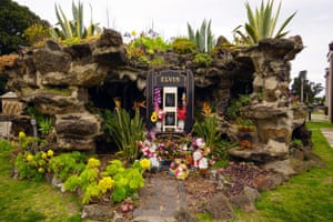 Elvis Presley Memorial Garden Melbourne