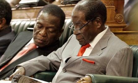 Mnangagwa and Mugabe in parliament, December 2016.