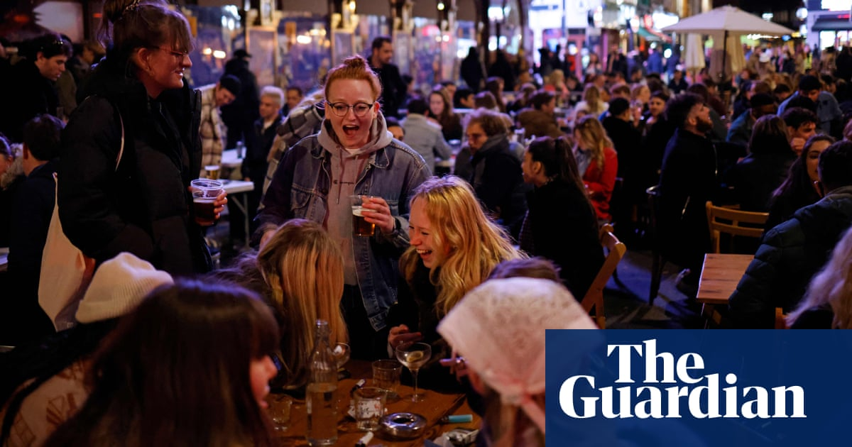 Drinks sales soar in England's reopened pubs and restaurants