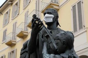 Cremona, Italy. A statue of Antonio Stradivari