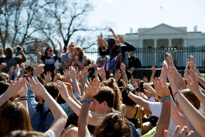 High School students lead protest against gun violence in front of white house.