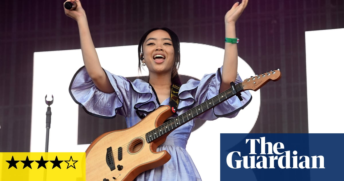 Latitude festival review: a hyper-real return to glitter, beer and British musical brilliance