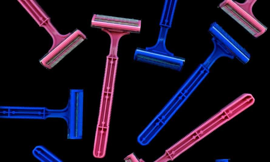 Pink and blue razors, pink premium