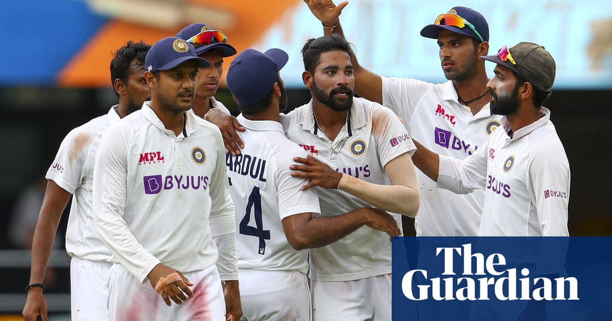 Series in balance with India needing 328 to beat Australia in decisive final Test