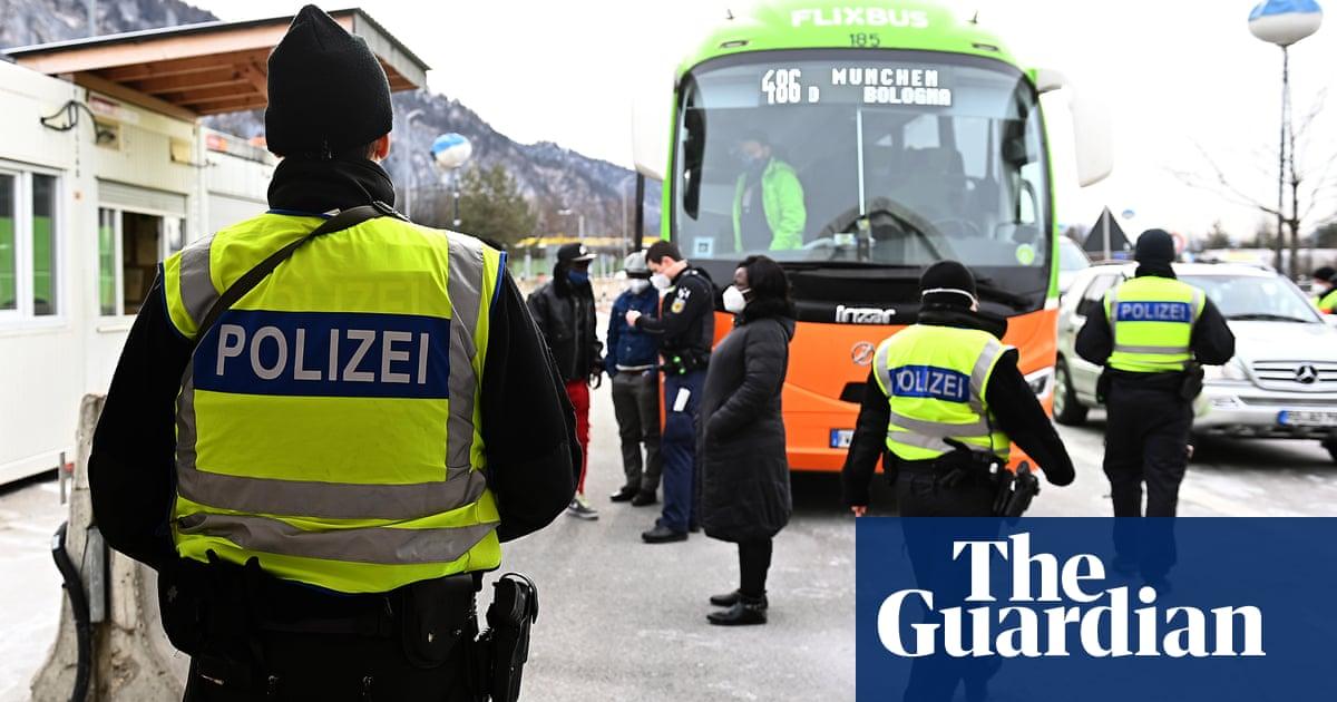 EU tells six countries to lift Covid border restrictions