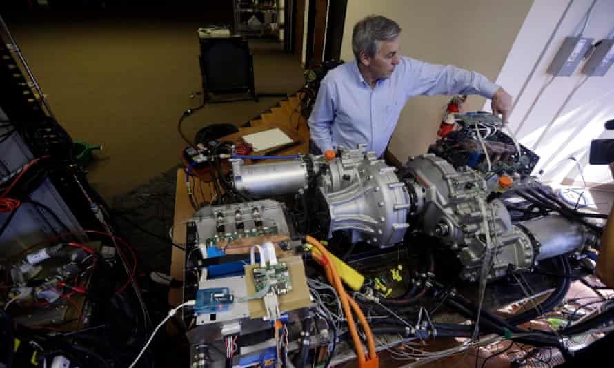 Wrightspeed CEO and Tesla co-founder Ian Wright with an electric drivetrain