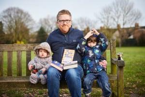 Alex Wiseman with his children.